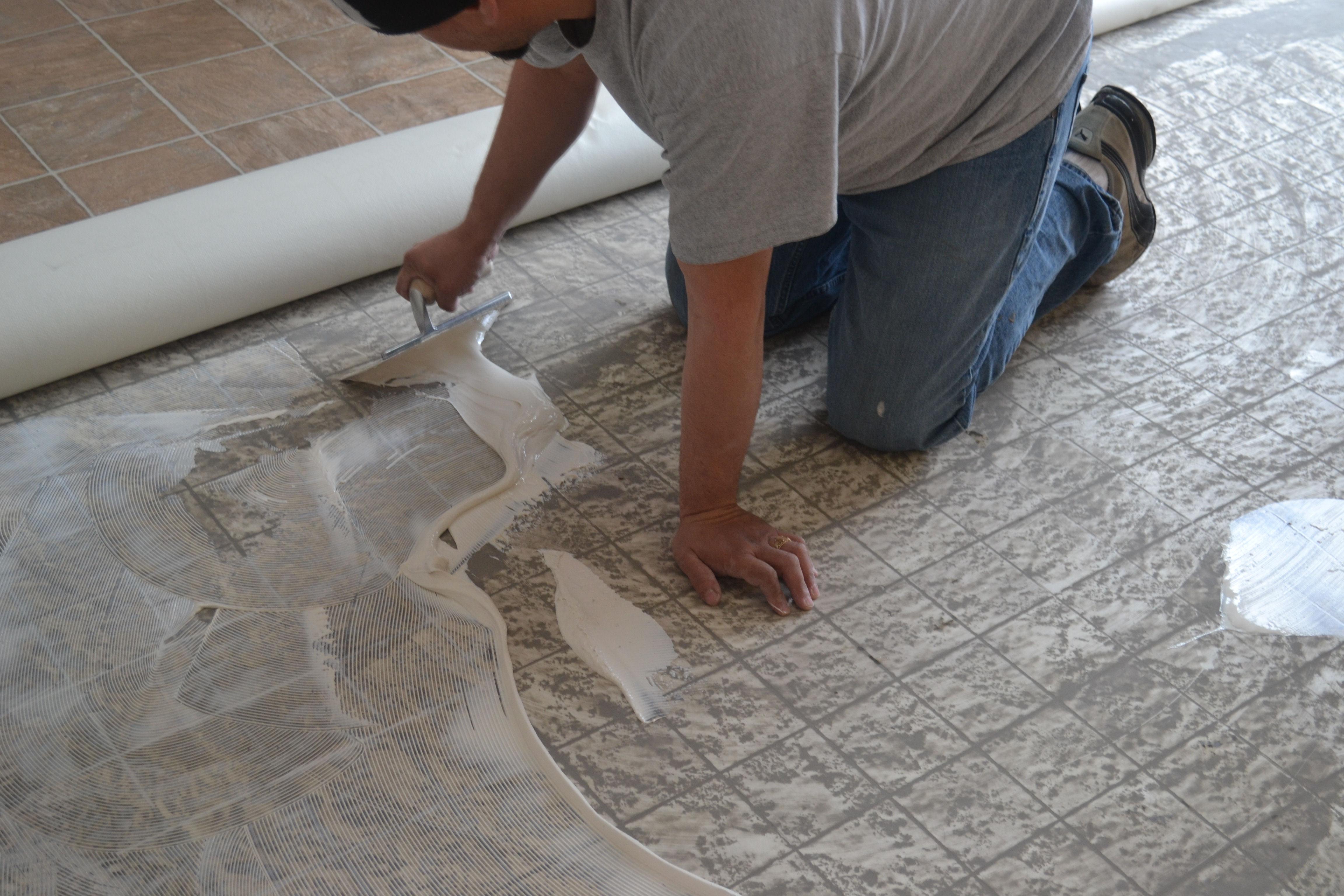Piso vinilico en rollo casa belforte for Instalacion suelo vinilico click